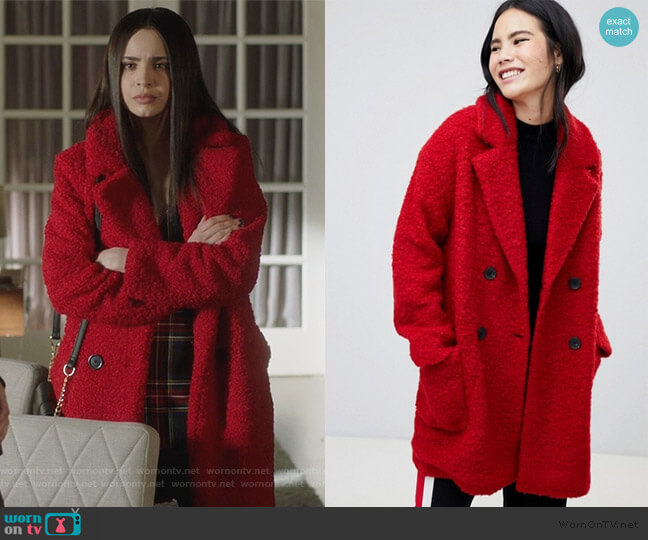 Bershka pocket detail double breasted car coat worn by Ava Jalali (Sofia Carson) on PLL The Perfectionists