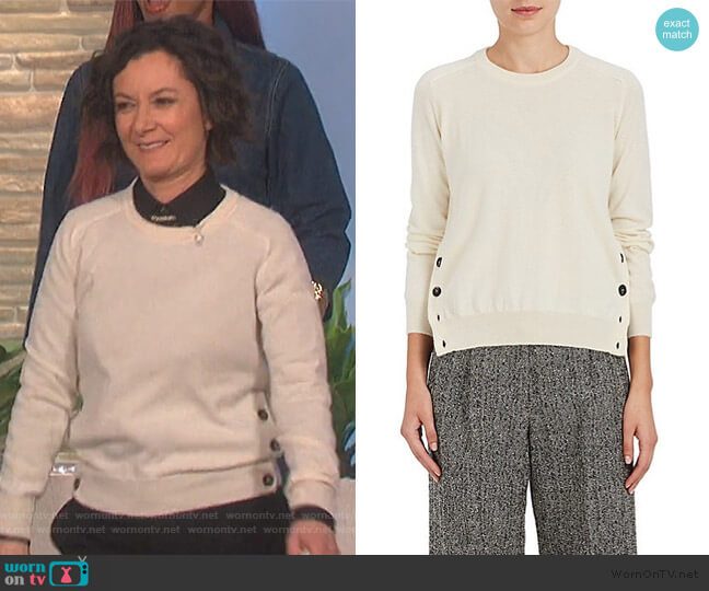 Vent Cashmere Sweater by Barneys New York worn by Sara Gilbert  on The Talk