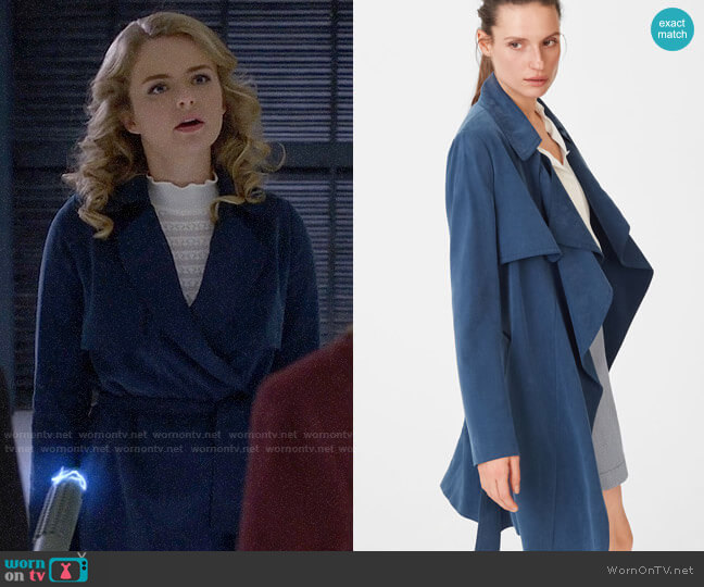 Club Monaco Claudine Trench worn by Eve Teschmacher (Andrea Brooks) on Supergirl