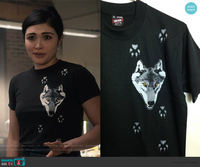 Vintage 1980s Deadstock Wolf and Paw Print T-Shirt worn by Cassidy Barrett (Daniella Pineda) on What/If
