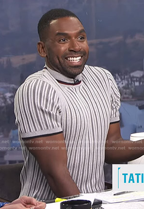 Justin's grey striped short sleeve sweater on E! News Daily Pop