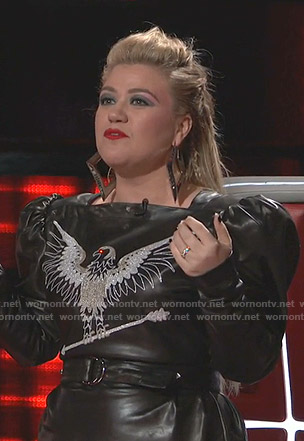 Kelly Clarkson's black embroidered bird leather dress on The Voice
