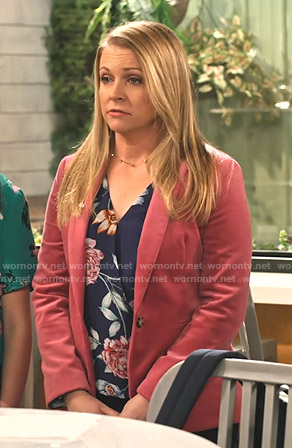 Liz's pink velvet blazer on No Good Nick