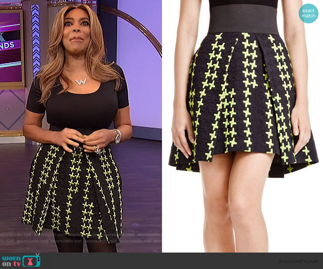 Crosshatch Cloque Pleated Skirt by Milly worn by Wendy Williams  on The Wendy Williams Show