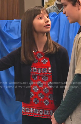 Molly's red floral top on No Good Nick
