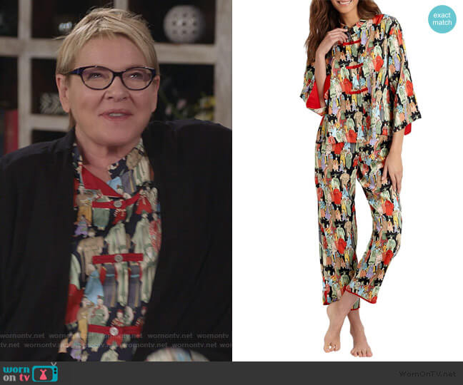 Dynasty Pajamas by Natori worn by Joan Short (Dianne Wiest) on Life in Pieces