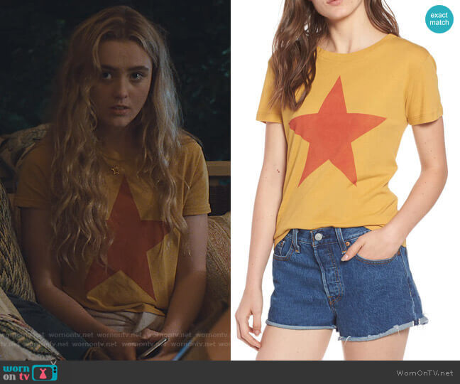 Star Graphic Tee by Day by Daydreamer worn by Allie Pressman (Kathryn Newton) on The Society