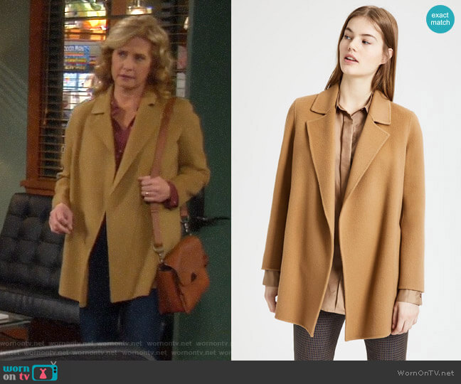Theory Clairene Coat worn by Vanessa Baxter (Nancy Travis) on Last Man Standing