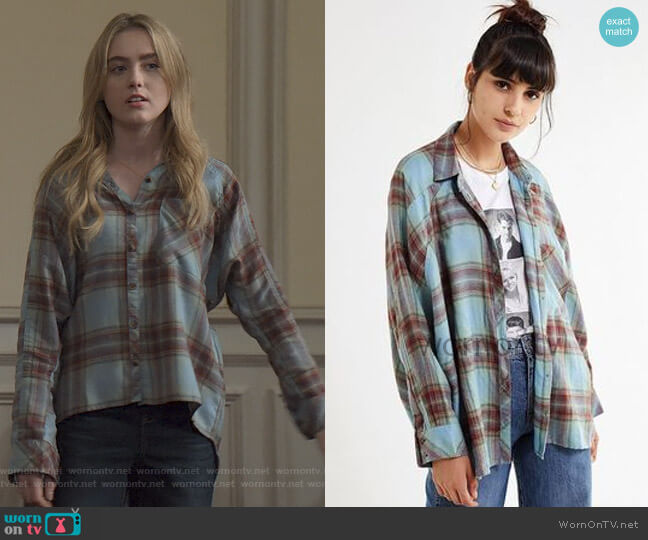 Brendan Drapey Flannel Button-Down Shirt by Urban Outfitters worn by Allie Pressman (Kathryn Newton) on The Society