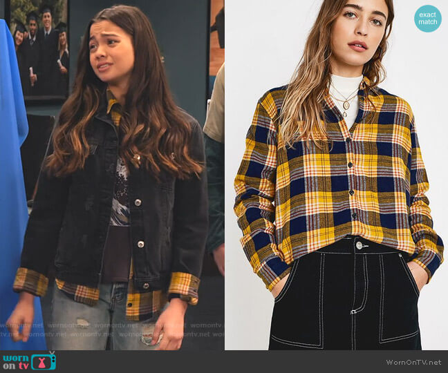 Eli Button-Down Flannel Shirt by Urban Outfitters worn by Nick (Siena Agudong) on No Good Nick