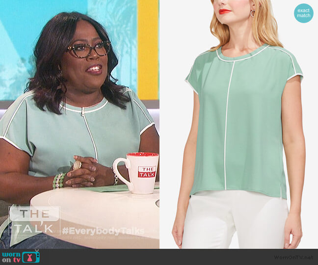 Cap Sleeve Top by Vince Camuto worn by Sheryl Underwood (Sheryl Underwood) on The Talk
