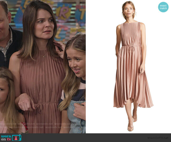 Pleated Dress by Vince worn by Heather Hughes (Betsy Brandt) on Life in Pieces