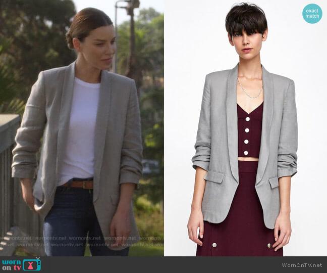 Blazer with Gathered Sleeves by Zara worn by Chloe Decker (Lauren German) on Lucifer