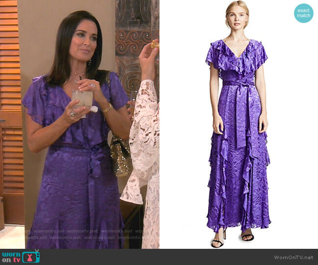 Tessa Dress by Alice + Olivia worn by Kyle Richards  on The Real Housewives of Beverly Hills