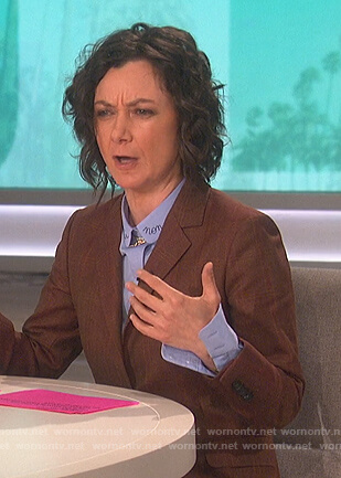 Sara's blue embroidered collar shirt on The Talk