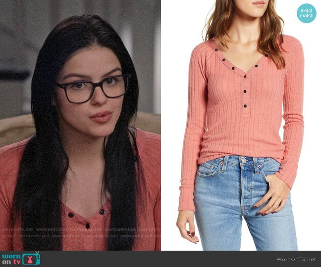 BP Fitted Henley worn by Alex Dunphy (Ariel Winter) on Modern Family