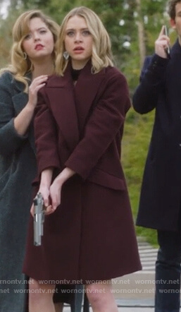 Taylor's maroon wool coat on Pretty Little Liars The Perfectionists