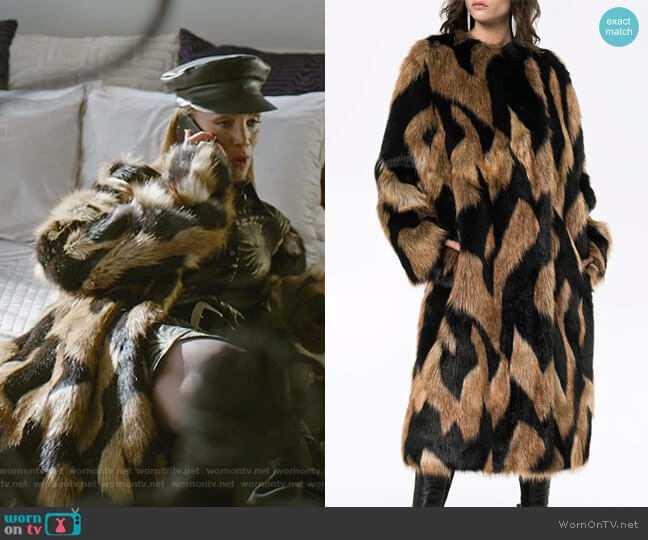 Faux Fur Coat by Givenchy worn by Dominique Deveraux (Michael Michele) on Dynasty