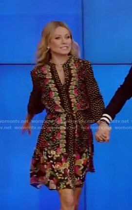 Kelly's black floral print dress on Live with Kelly and Ryan