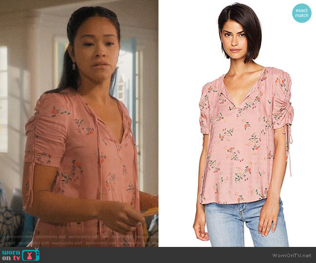 Lucky Brand Puff Tie Sleeve Printed Top worn by Jane Villanueva (Gina Rodriguez) on Jane the Virgin