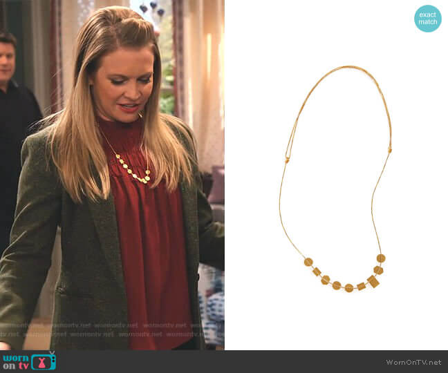 Madewell Holding Pattern Necklace worn by Liz (Melissa Joan Hart) on No Good Nick
