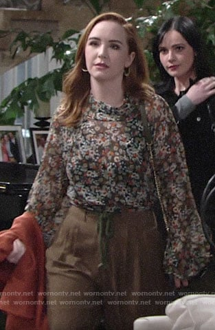 Mariah's floral top and brown tie waist pants on The Young and the Restless