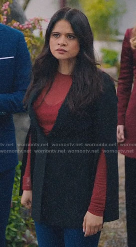 Mel's black split-sleeve blazer on Charmed