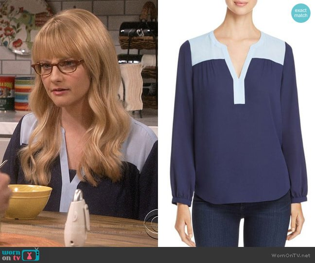 NYDJ Color-Block Peasant Top worn by Bernadette Rostenkowski (Melissa Rauch) on The Big Bang Theory