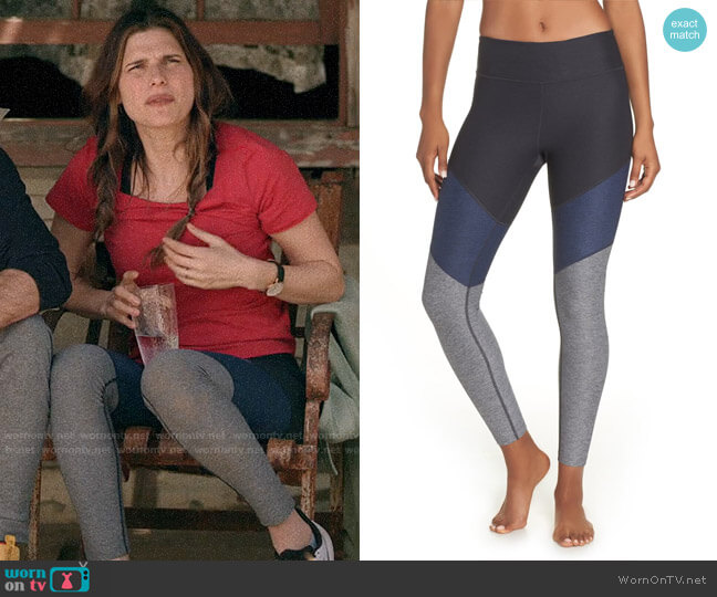 Outdoor Voices 7/8 Springs Leggings in Charcoal / Navy / Graphite worn by Rio (Lake Bell) on Bless This Mess