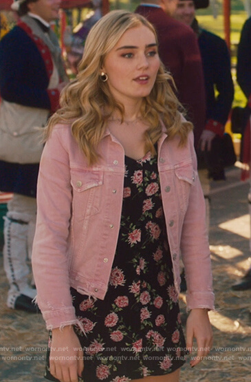 Taylor's pink denim jacket on American Housewife