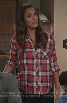 Colleen's red plaid shirt on Life in Pieces