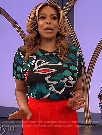 Wendy's printed tee and wide leg pants on The Wendy Williams Show