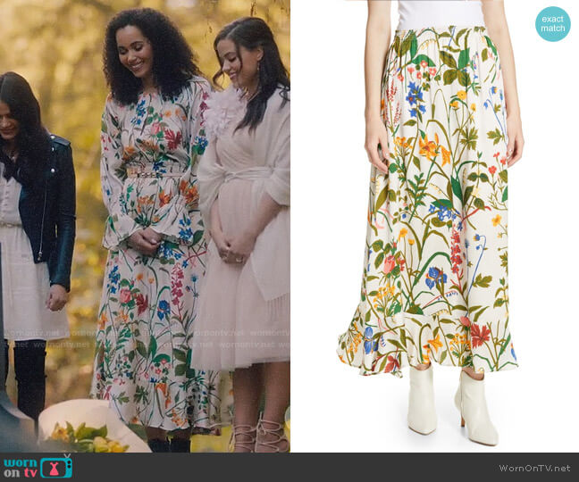 Rodebjer Irmaline Floral Print Silk Skirt worn by Macy Vaughn (Madeleine Mantock) on Charmed