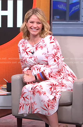 Sara's floral dress with striped cuffs on GMA Strahan And Sara