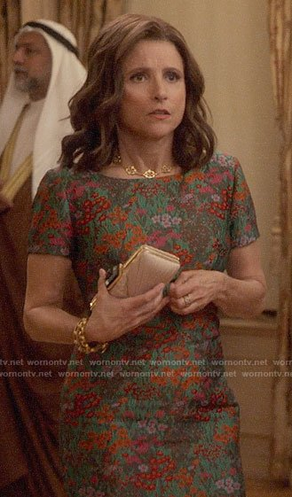 Selina's floral short sleeved dress on Veep