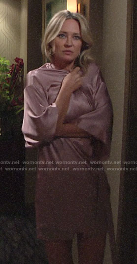 Sharon's short pink robe on The Young and the Restless
