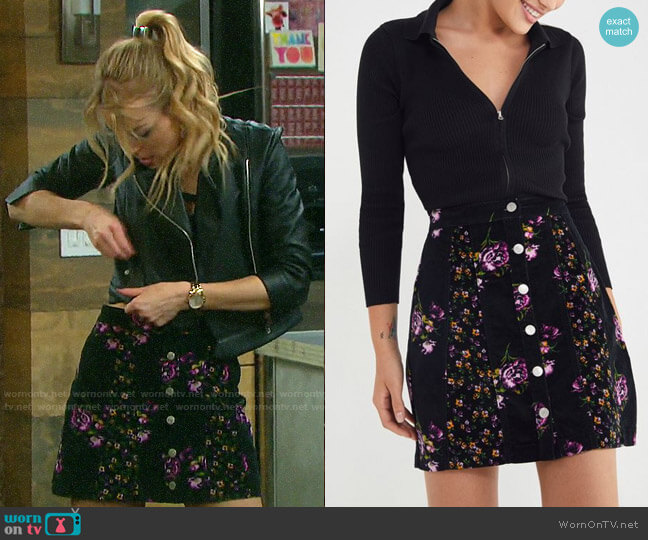 UO Logan Floral Button-Front Skirt worn by Claire Brady (Olivia Keegan) on Days of our Lives