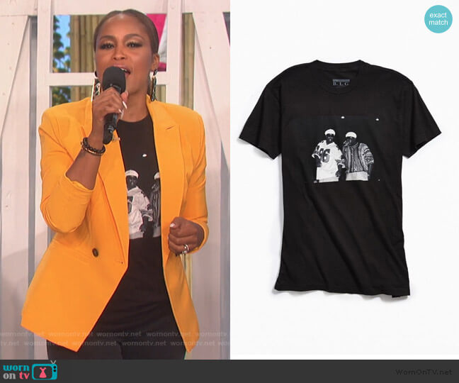 Biggie And Puff Photo Tee by Urban Outfitters worn by Eve  on The Talk