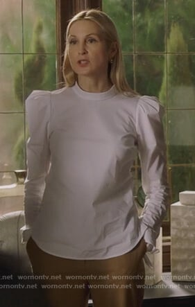 Claire's white puff sleeve top on Pretty Little Liars The Perfectionists