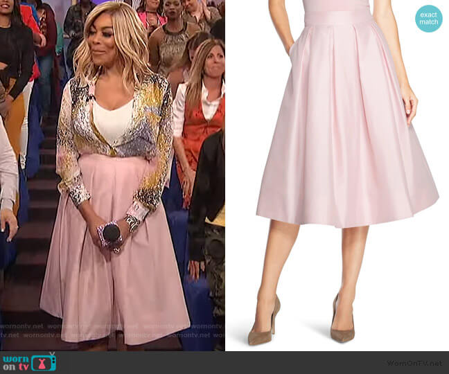 Pleated Taffeta Skirt by White House Black Market worn by Wendy Williams  on The Wendy Williams Show