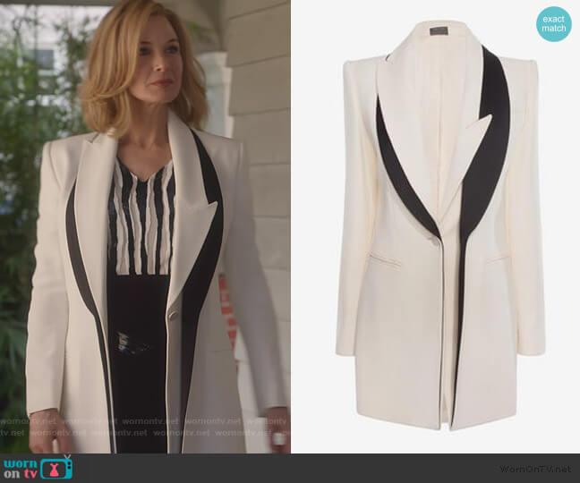 Double Lapel Jacket by Alexander McQueen worn by Anne Montgomery (Renee Zellweger) on What/If