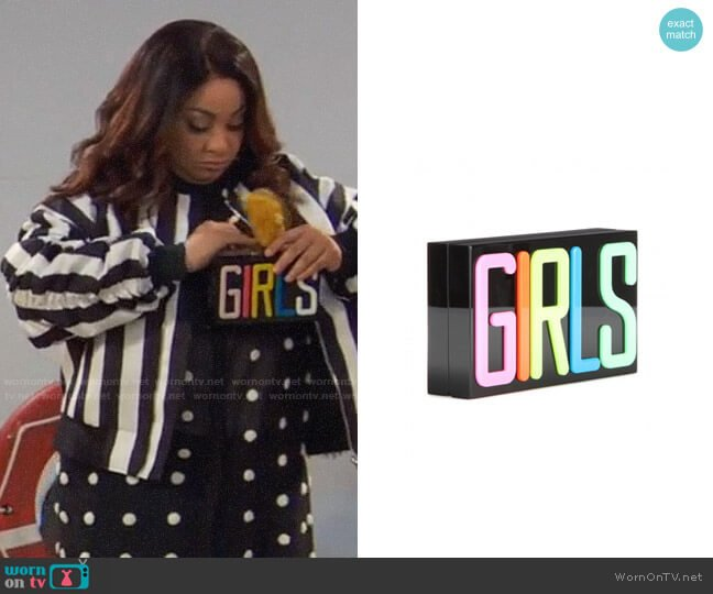 Charlotte Olympia Girls Perspex clutch worn by Raven Baxter (Raven-Symoné) on Ravens Home