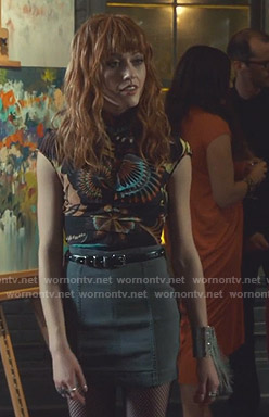 Clary's black printed top and grey skirt on Shadowhunters
