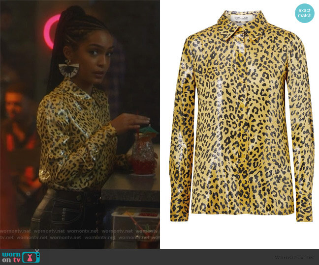 Leopard-print metallic silk-blend jacquard shirt by Diane von Furstenberg worn by Zoey Johnson (Yara Shahidi) on Grown-ish