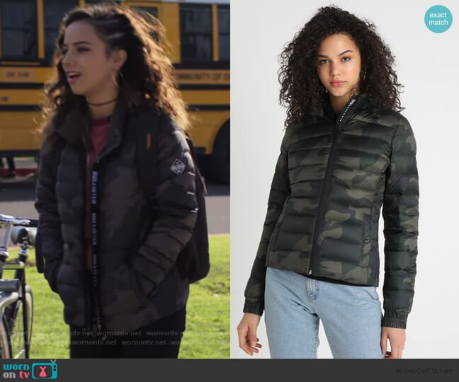 Puffer Down Jacket by Hollister Co worn by Moe Truax (Kiana Madeira) on Trinkets