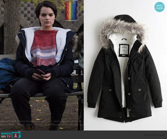 Stretch Cozy Lined Parka by Hollister worn by Elodie Davis (Brianna Hildebrand) on Trinkets