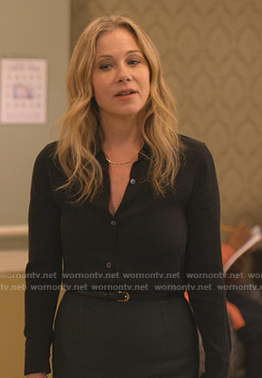 Jen's black blouse and green pencil skirt on Dead to Me