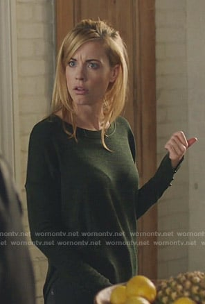 Kelly Anne's green button cuff top on Queen of the South