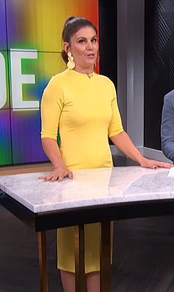 Kristin's yellow fitted dress on E! News
