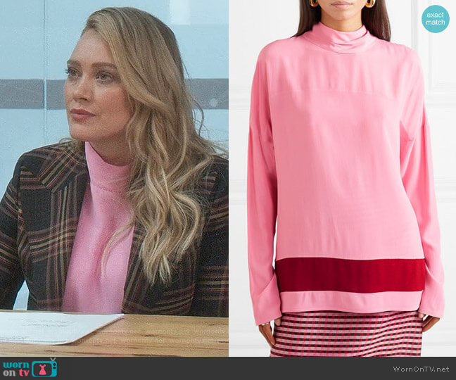 Draped Crepe de Chine Blouse by Marni worn by Kelsey Peters (Hilary Duff) on Younger